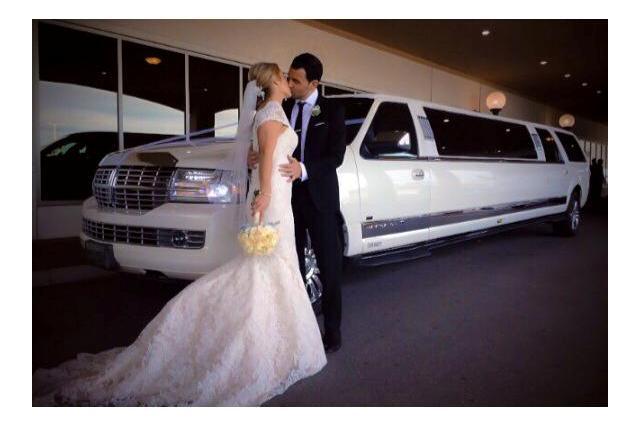 WEDDING LIMO 1